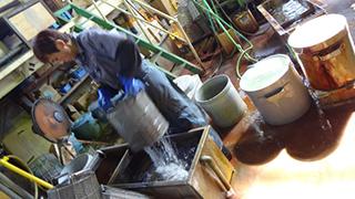 化成処理(黒染・パーカー)作業工程